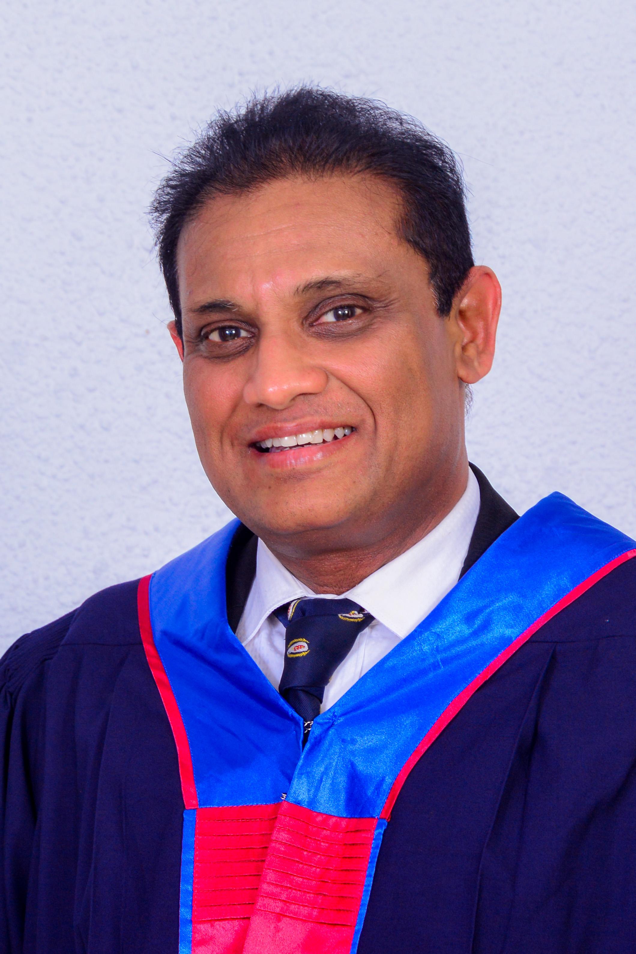 Dr. Duminda Ariyaratne